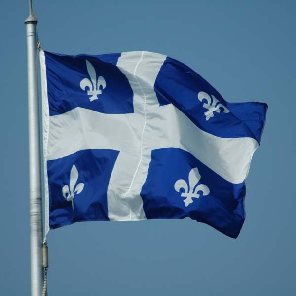 drapeau-du-quebec_1298747986
